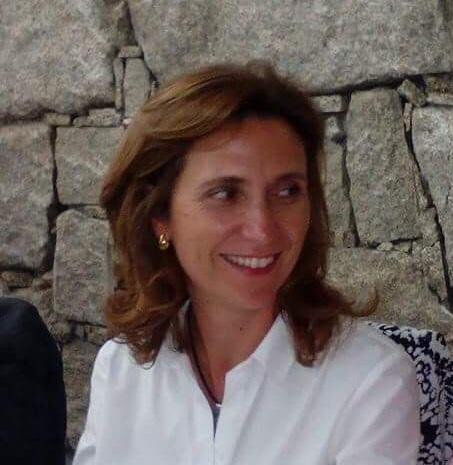 Dra. Ana Vieira - Clinica Médica da Foz