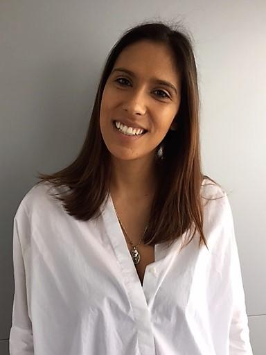 Dr. Eva Neves de Carvalho - Clinica Médica da Foz