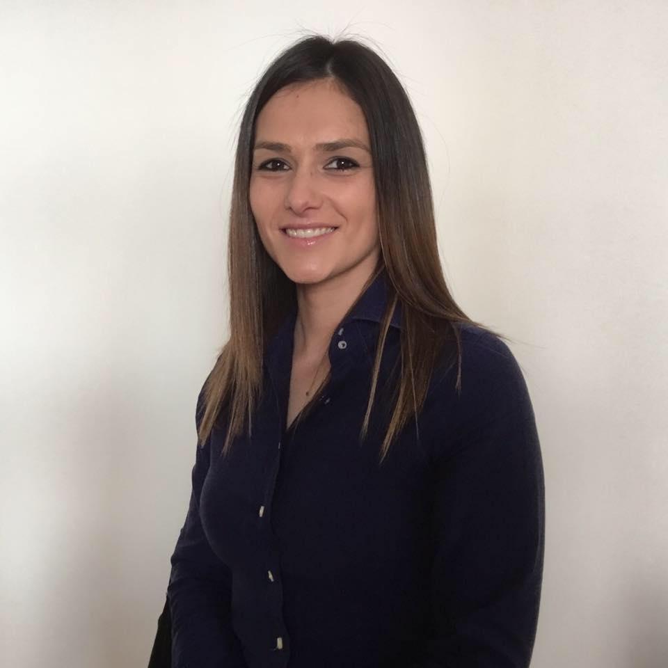 Dra. Patricia Pereira - Clinica Médica da Foz